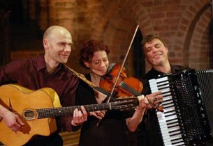 Partyboot River Dream Deventer - Het Klezmer Trio