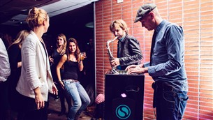 Salonboot Eureka Deventer - DJ Mobispin